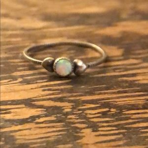 Jewelry - Vintage sterling & genuine opal stacking ring